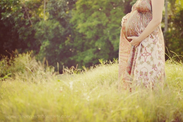 Image by Funky Photography for sorella & me maternity sleepwear blog post