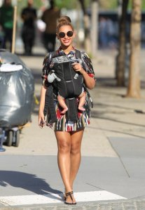 Beyonce walking with Ivy